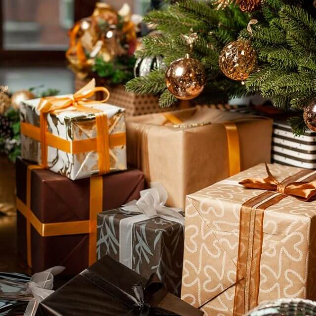 Last Minute Holiday Courier Service: What are my options?